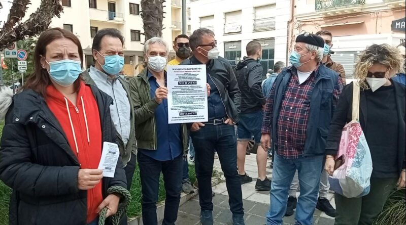 Protesta dei Ristoratori #MoBasta – Gli esiti degli incontri con le istituzioni locali e regionali a Bari e Brindisi