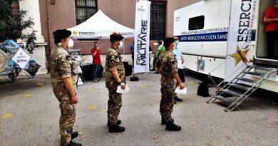 Esercito: donazioni di sangue a Bari  A Bari, il personale del Comando Militare Esercito Puglia dona sangue e emoderivati a favore dei pazienti affetti da Talassemia.
