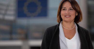 """On. Chiara Gemma, Europarlamentare M5s """"Lopalco trovi soluzione celere e definitiva per 1.200 disabili"""""""